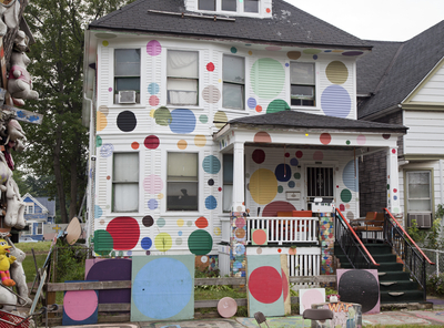 Art work at the Heidelberg Project IMR0263540