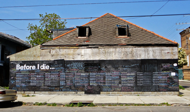 "First House with ""Before I Die"" - Public Art Project"