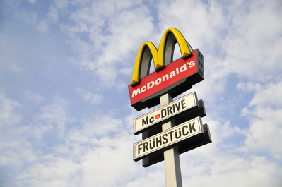 McDonald's sign, the golden arches IMR0004268