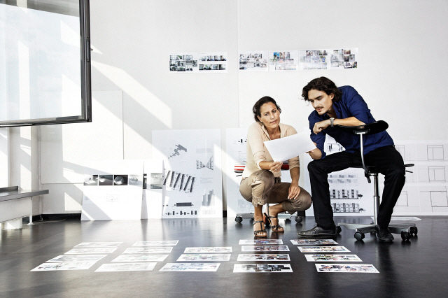 http://www.mediabakery.com/stock-photo/CUL0054896/Man-and-woman-working,-architects.html