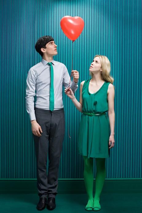 Media Bakery ID: IMS0160677 Couple with heart shape balloon